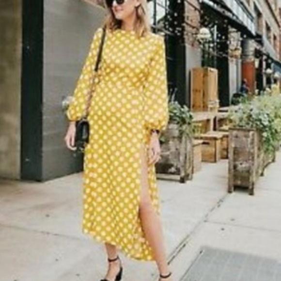 Topshop Dresses & Skirts - NWT Topshop Yellow Polka Dot Midi Dress